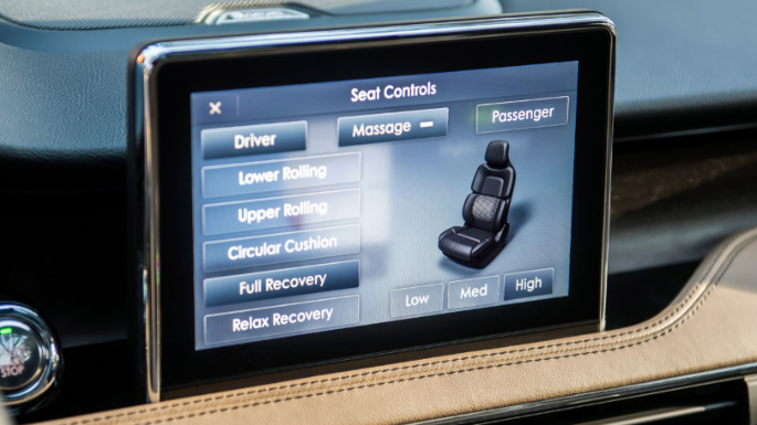 2020-lincoln-corsair-infotainment-image