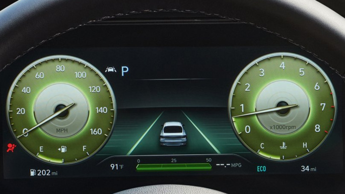 2021-hyundai-elantra-fuel-image