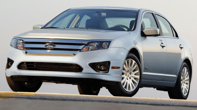 2010-ford-fusion-ext