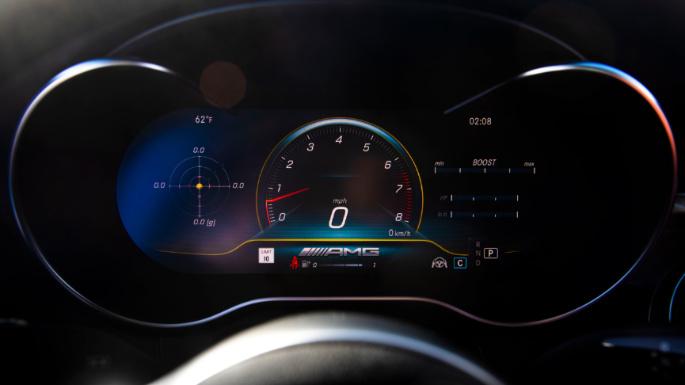 2020-mercedes-c-class-fuel-image