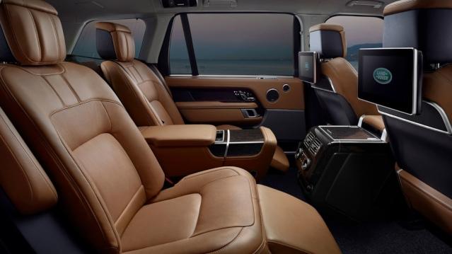 2019-range-rover-interior2