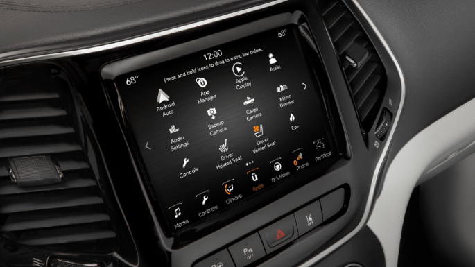 2020-jeep-cherokee-tech-image