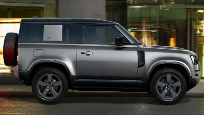 2021-land-rover-defender-cost-image
