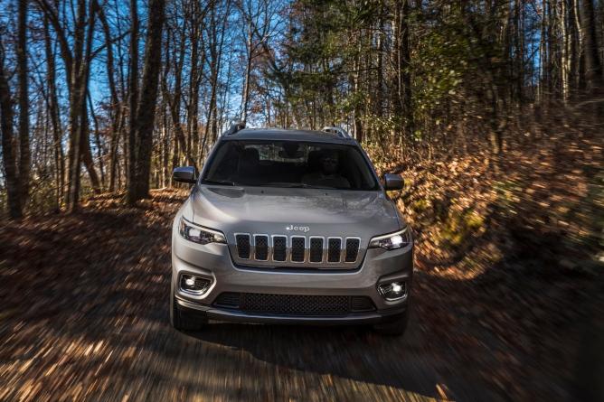 2019-jeep-cherokee-image-1