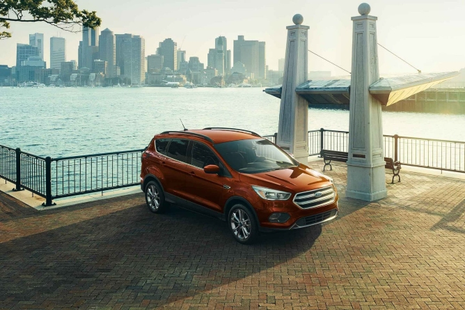 2019-ford-escape-image-1