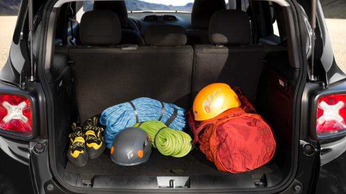 2020-jeep-renegade-practicality-image