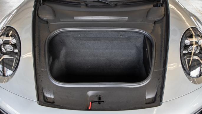 2020-porsche-911-trunk-image