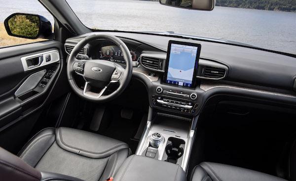 26 Ford Explorer Platinum