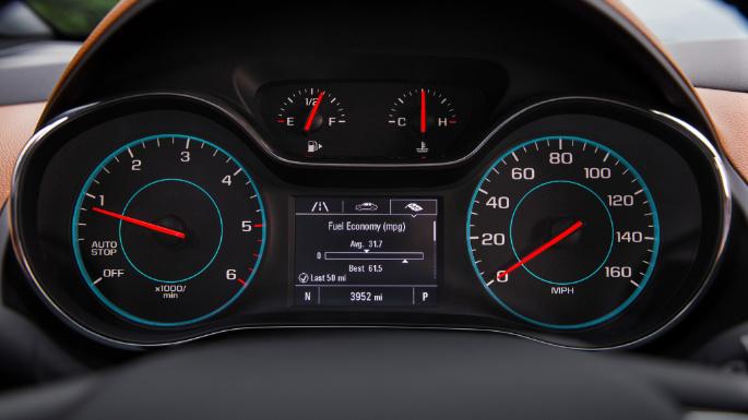 2018-chevrolet-cruze-fuel-image