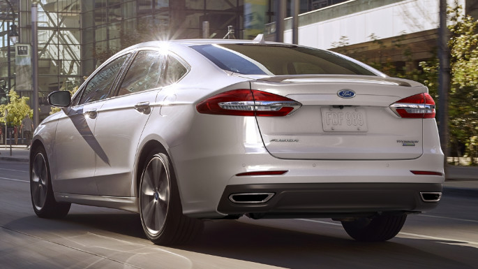 2020-ford-fusion-image-5