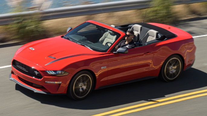 2020-ford-mustang-driving-experience-image