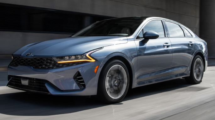 2021-kia-k5-driving-image