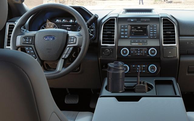 2019-ford-f-250-interior1