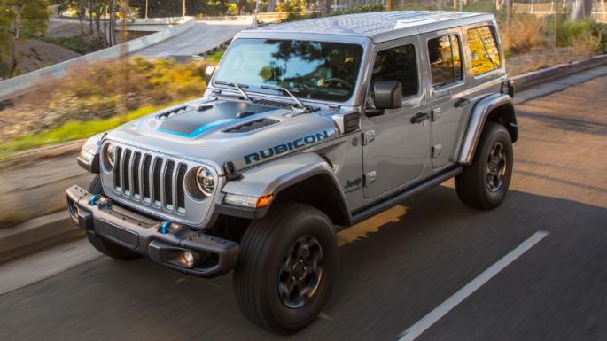 2022-jeep-wrangler-4xe-driving-image