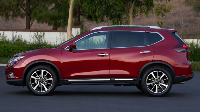 2019-nissan-rogue-cost-image