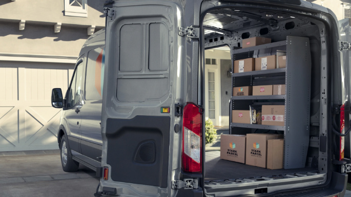 2020-ford-transit-cargo-practicality-image