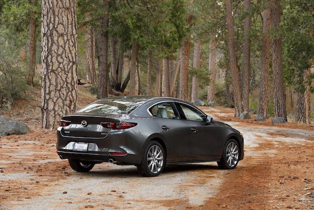 2019-Mazda3-Sedan 4