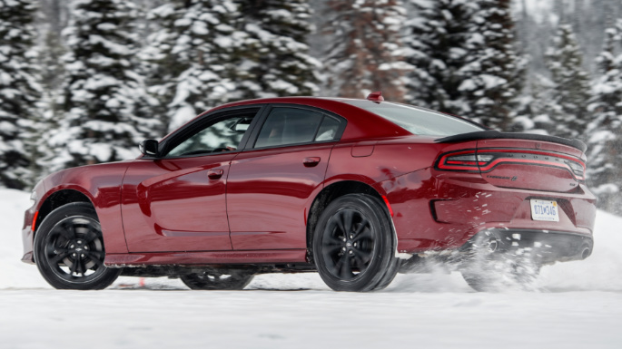 2020-dodge-charger-overview-image