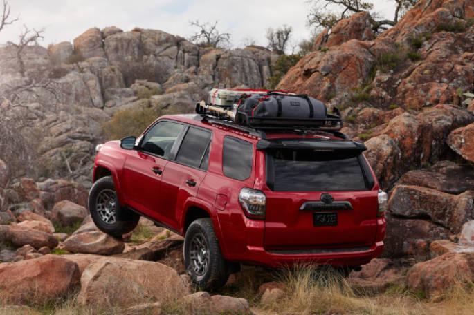 20 Toyota 4Runner Venture Edition 02 (1)