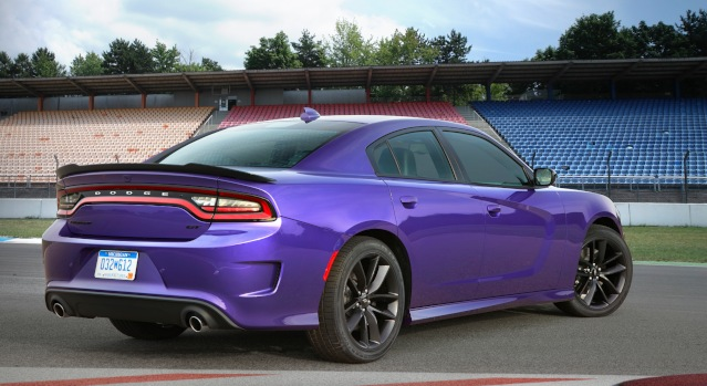 2019-dodge-charger-exterior2