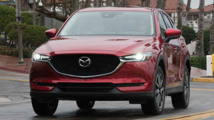 2017-mazda-cx5-driving-image
