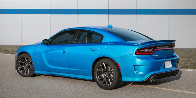 2019-dodge-charger-image-4