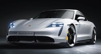 Encuesta: Los consumidores prefieren el Tesla Model S sobre el Porsche Taycan