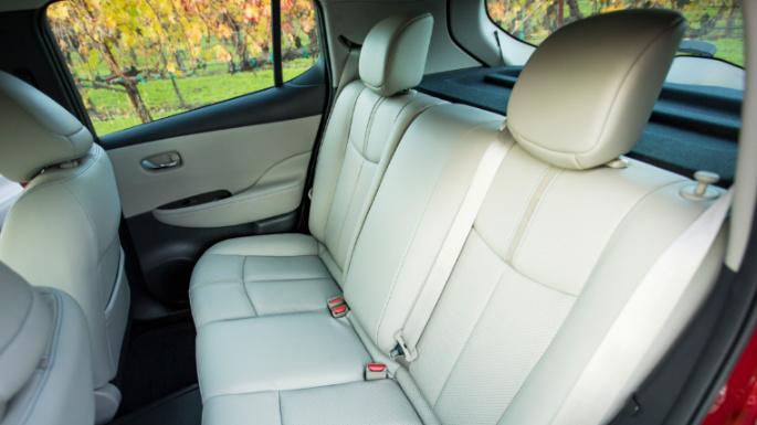 2020-nissan-leaf-seats2-image