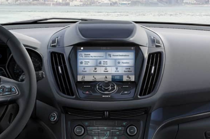 2019-ford-escape-interior-3