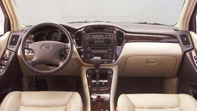 2006-toyota-highlander-hybrid-int
