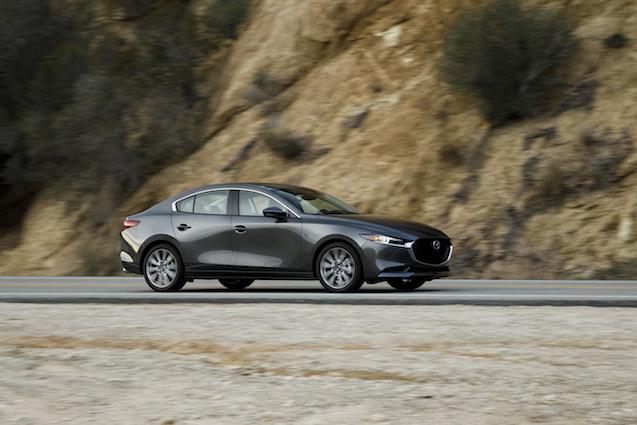 2019-Mazda3-Sedan 24