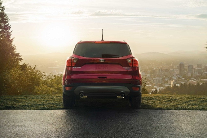 2019-ford-escape-image-3