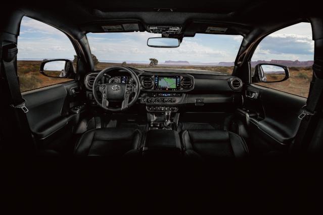 2019-toyota-tacoma-interior2