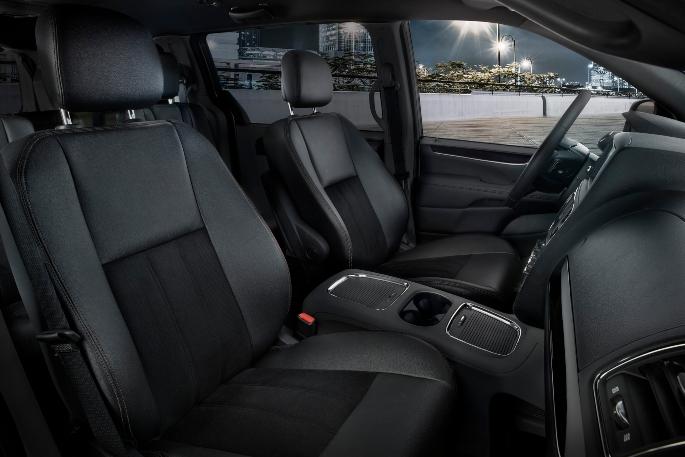 2019-dodge-grand-caravan-interior-2