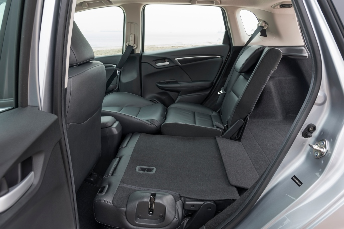 2019-honda-fit-interior-3