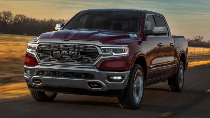 2021-ram-1500-driving-image