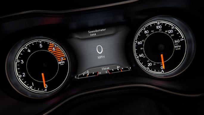 2020-jeep-cherokee-fuel-efficiency-image