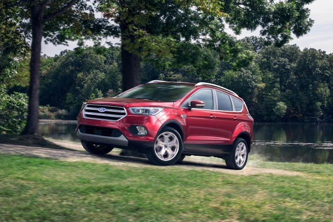 2019-ford-escape-image-2