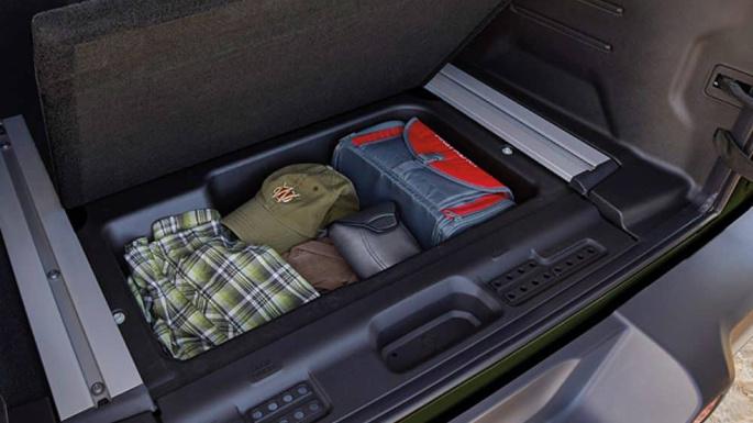 2022-jeep-wrangler-4xe-practicality-image