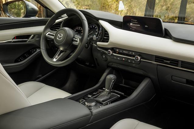 2019-Mazda3-Sedan 44