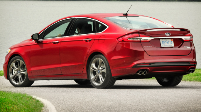 2018-ford-fusion-image-2