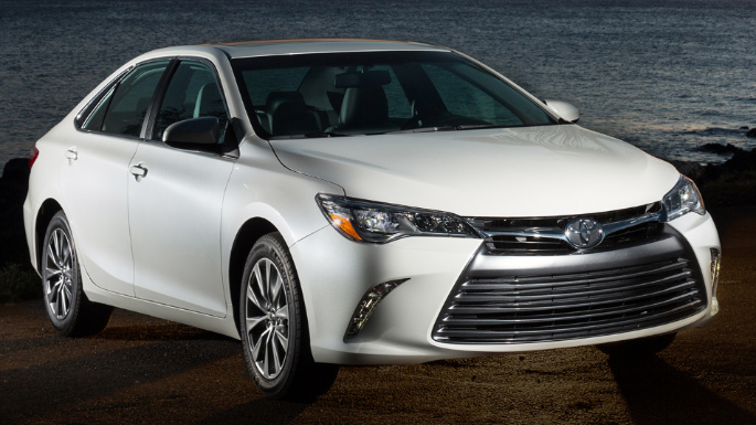 2017-toyota-camry-styling-image