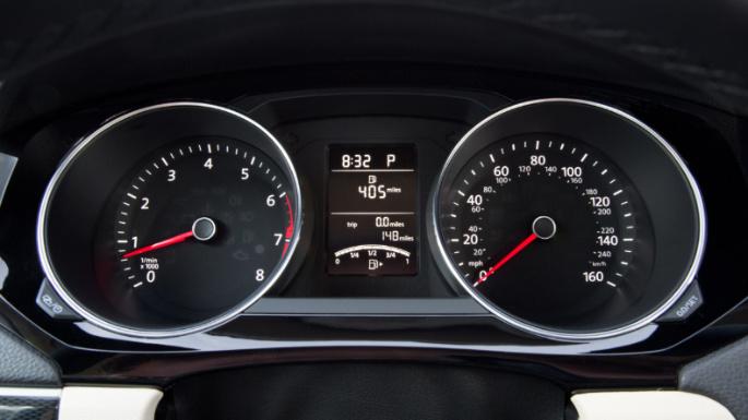 2017-volkswagen-jetta-fuel-image