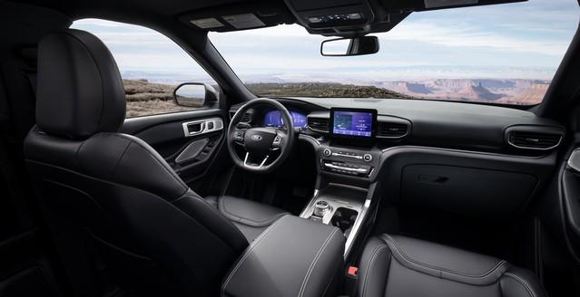 2020-ford-explorer-image-03