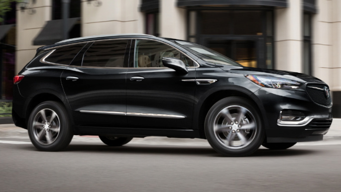 2020-buick-enclave-driving-image