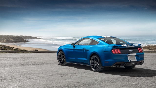 2019-ford-mustang-exterior2