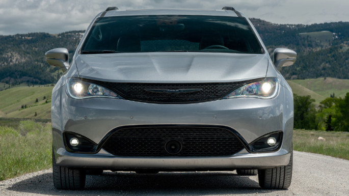 2020-chrysler-pacifica-value-image
