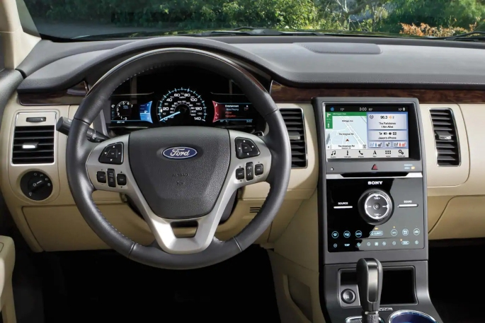 2019-ford-flex-interior-1