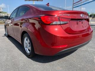 Red Mccombs Superior Hyundai >> Hyundai Elantra