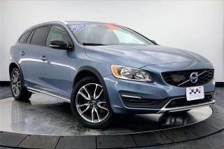 2018 Volvo V60 Cross Country